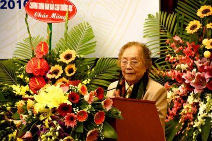 Phó CTN Nguyễn Thị Bình - Phải rung lên hồi chuông báo động về giáo dục nhân cách